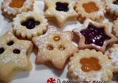 κύρια φωτογραφία συνταγής Μπισκότα Χριστουγεννιάτικα Xmas Food, Christmas Sweets, Christmas Cooking, Greek Desserts, Greek Recipes, Sweets Recipes, Cooking Recipes, Cranberry Cookies, Cupcake Cookies