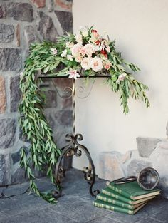 Flower adorned vintage music stand | Orange Photographie | see more on: http://burnettsboards.com/2014/08/symphony-wedding-editorial/