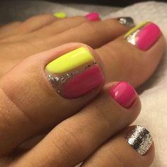 Cute Toenail Designs, Pedicure Designs, Pedicure Nail Art, Toe Nail Designs, Pretty Toe Nails, Cute Toe Nails, Acrylic Toe Nails, Toe Nail Art, Toe Nail Color