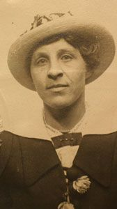 Charlotte Luck (1879-1915) was traveling with her two sons, Kenneth and Elbridge.