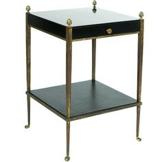Collier Webb table