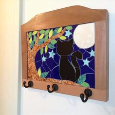 Percha gato Mosaic Flower Pots, Mosaic Pots, Mosaic Glass, Mosaic Tiles, Stained Glass, Glass Art, Mosaic Crafts, Mosaic Projects, Mosaic Animals