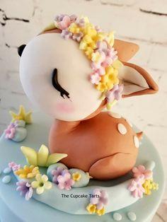 Birthday Party Cake Ideas for Boys – Woodland Cake Tutorial Fondant Cakes, Cupcake Cakes, Bambi, Fox Cake, Deer Cakes, Cupcakes Decorados, Woodland Cake, Friends Cake, Sugar Art