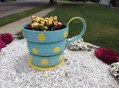 Recycling Tires  http://www.hometalk.com/9031996/recycled-tires-to-garden-planter?se=wkly-20150628&utm_medium=email&utm_source=wkly&date=20150628&tk=n9h71u