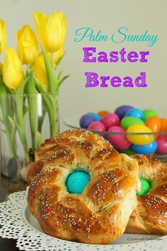 Palm Sunday Easter Bread - Pane di Pasqua - from LoveandConfections.com #SundaySupper