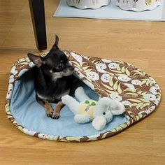 Keep Fido or Fluffy warm and secure in an easy-to-make Pet Pocket from Leisure Arts.