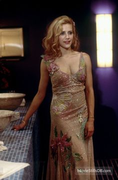 Uptown Girls - Brittany Murphy as Molly wearing a bias-cut nude dress with floral design embellished with sequins beads and embroidery. The costumes were designed by Sarah Edwards. Brittany Murphy Mom, Uptown Girls Movie, Nude Dress, Dress Up, Atlanta, Iconic Dresses, Glamour, Girl Costumes, Beautiful People