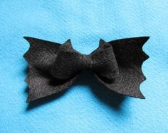 Maria Capitu – Laço de Morcego: DIY