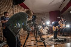 Chris Hershman on shooting a music video with Nikon DSLR cameras Dumb Dogs, Power Chord, Nikon D800, Tonight Show, Video Capture, Great Bands, Storytelling, Music Videos, Entertaining