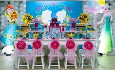 Frozen Fever Decor Fourth Birthday, Frozen Birthday Party, Frozen Party, Birthday Parties, Birthday Ideas, Ana Frozen, Frozen Cake, Festa Frozen Fever, Frozen Toys