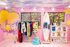 lovely room pretty and fun Showroom, Nerd Room, Barbie Wardrobe, Pastel Room, Kawaii Room, Stores, Home Interior Design, Room Inspiration, Home Goods