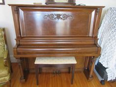 1913 Cable Nelson upright piano