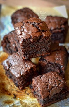 Walnut Fudge Brownies Handle The Heat. How To Make Sizzling Walnut Brownie Recipe By MasterChef . The EASIEST Cheesecake Brownies I Heart Naptime. Mini Desserts, Eggless Desserts, Eggless Recipes, Eggless Baking, Easy Desserts, Baking Recipes, Dessert Recipes, Yummy Recipes, No Egg Desserts