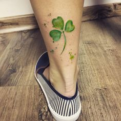 Shamrock tattoo by Marcante Tattoo