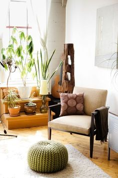 find plans to DIY the stepped plant stand | Vivian & Leonard's Converted Loft in Oakland  (House Tour)