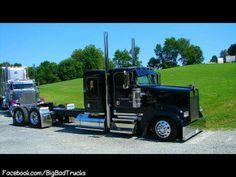 Black Kenworth w900