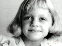 Goldie Hawn     http://celebrity-childhood-photos.tumblr.com/