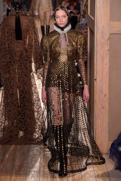 Couture Fall 2016 Trend: Metallics | Valentino Couture Fall 2015 [Photo: Giovanni Giannoni]