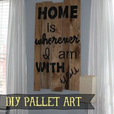 Pallet Subway Art Tutorial plus links to more wood crafts! Pallet Crates, Pallet Art, Wooden Pallets, Diy Pallet, Pallet Ideas, Pallet Signs, Wood Ideas, Wood Signs, Diy Wood Projects