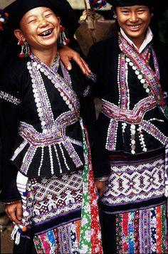 Vietman | Two smiling Lu Tribe women | © BoazImages