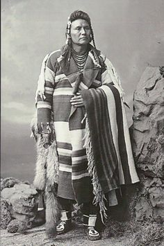 In Mut Too Yah Lat Lat or Chief Joseph (Nimi'ipuu or Nez Perce), delegation portrait possibly made in Washington, D. Photo by Charles Milton Bell, National Museum of the American Indian Archive Center. Native American Photos, Native American Tribes, Native American History, First Nations, Chef Joseph, Cherokee, Indian Pictures, Native Indian, Indian Tribes