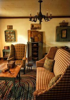 Living room with early oriental rug. Living room with early oriental rug. Primitive Living Room, Farmhouse Living Room Furniture, Primitive Homes, Primitive Furniture, Country Furniture, Country Decor, Home Furniture, Primitive Decor, Primitive Country