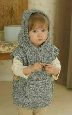 Knitting pattern for chunky hooded poncho bebe Baby Knitting Patterns, Knitting For Kids, Loom Knitting, Free Knitting, Knitting Projects, Crochet Patterns, Knitting Ideas, Simple Knitting, Poncho Patterns