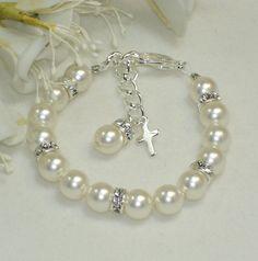 Baby Jewelry Child First Pearl Swarovski Crystal Bracelet Communion… Baby Jewelry, Kids Jewelry, Pearl Jewelry, Jewelry Crafts, Beaded Jewelry, Handmade Jewelry, Jewelry Making, Crystal Bracelets, Jewelry Bracelets