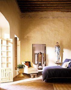 bedroom- very tuscan feeling, I like!