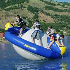 Quality Hot air Aquaglide Rockit Circular Inflatable Water Park Water Rocker manufacturers - Buy from China Inflatable Water Sports factory & exporter. Lake Floats, Pool Floats, Sports Nautiques, Water Sports, Lake Toys, D House, Floating In Water, Floating Bed, Lake Life