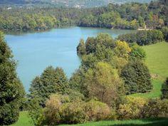 De meren, rivieren en kanalen die het beoefenen van watersport en pleziervaren…