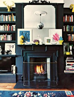 Fireplace and bookcases from elle decor south africa Black Fireplace, Fireplace Mantels, Fireplaces, Fireplace Trim, Mantles, Home Living Room, Living Room Decor, Living Spaces, Interior Design Inspiration