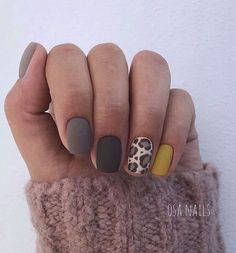 Week Deals You Need to Know About Gorgeous Leopard mani perfect for fall via OSA nails.Gorgeous Leopard mani perfect for fall via OSA nails. Fancy Nails, Love Nails, How To Do Nails, My Nails, Manicure For Short Nails, Perfect Nails, Gorgeous Nails, Nagellack Trends, Leopard Nails