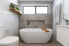Freestanding Bath – Main Bathroom – Cute and Trend Towel Models Bathroom Wall Tile, Free Standing Bath, Bathroom Concrete Floor, Bathroom Freestanding, Concrete Tiles Bathroom, Recessed Shelves Bathroom, Free Standing Bath Tub, Bathtub Walls, Main Bathroom