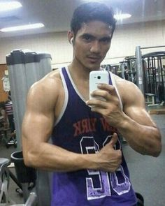 @asli_indohunk89: #indohunk #asianhunk #asian #malemodel #fashionmen #sexymen  #fitness #muscle #hunk #sexy #sixpack #indolanang