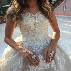 Robe De Mariage Luxury Chapel Train Wedding Dress Brautkleid With Beading Ball Gown Wedding Dresses 2017 Vestidos De Noiva
