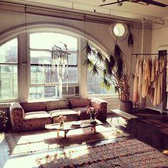 Stone Fox Bride Studio, NY. Bohemian living space inspiration. I love the dream catcher, kilim rug, vintage sofa and overall fresh boho chic feel.