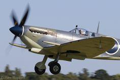 Supermarine Spitfire, Battle Of Britain, Commonwealth, World War Ii, Planes, Fighter Jets, Pilot, Aviation, Aircraft