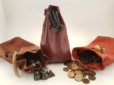 Pattern and build-along for leather pouches. Can be used for coffee, larp, dice, coins, pretty stones and whatever else! The pattern can be bought at https://www.etsy.com/se-en/listing/540941385/pattern-leather-pouch-for-bushcraft-dice?ref=related-3