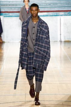 Vivienne Westwood | Menswear - Autumn 2017 | Look 37