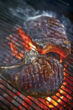4 steps to steak perfection + our recipe for T-Bone Steaks with Black Pepper Butter