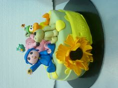 pocoyo and friends cake