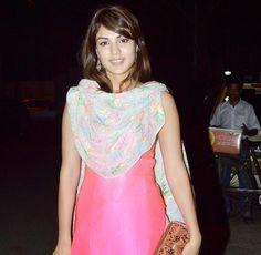 Rhea Chakraborty at Huma Qureshi's Iftar party. #Bollywood #Fashion #Style #Beauty