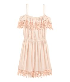 Powder pink off-the-shoulder dress with elastic waist & ruffled lace trim. | H&M Divided