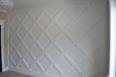 Lovin' this gorgeous paneled wall! Wall Design, House Design, Pop Design, Home Renovation, Home Remodeling, Wall Molding, Moldings, Wall Trim, Interior Walls