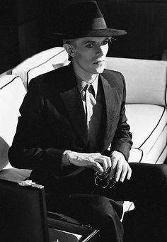 #David Bowie #bowie #70s #man who fell to earth #thomas jerome newton