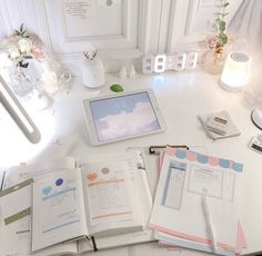Home office desk decor ideas for girls will make enjoy work time – Office Organization At Work Study Room Decor, Study Rooms, Study Desk, Study Space, School Motivation, Study Motivation, Study Corner, Study Areas, Study Hard