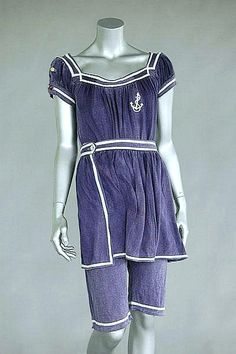 Swimming costume ca.1915. Sailor-suit style, of navy knitted cotton. Kerry Taylor Auctions/Invaluable Auctions