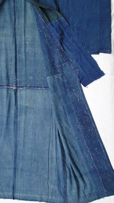 BORO Kimono no Ura / Shita. Japanese Indigo / Aizome. 1800s (I love this texture. I want to make something like this)