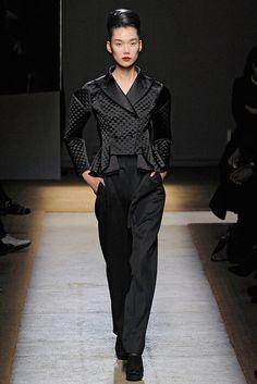 Saint Laurent Fall 2009 Ready-to-Wear Fashion Show - Tao Okamoto